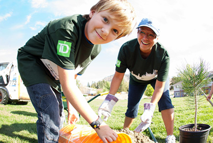 photo of TD volunteers planting trees