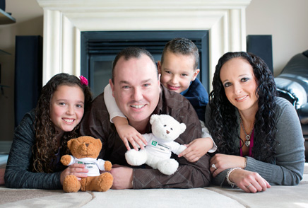 photo of Steven Fenster and his family