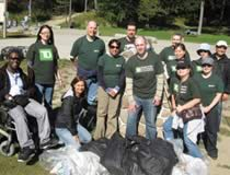 Photo TD employees during GTA Shoreline Cleanup