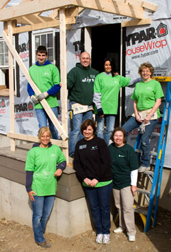 TD Bank employees building house