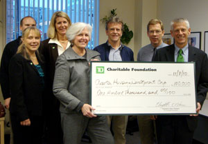 Photo of cheque presentation